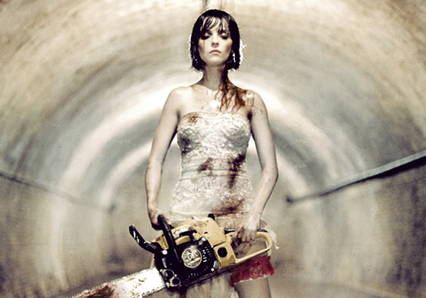"""[REC] 3″ invites viewers to a bloody, hilarious zombie wedding"