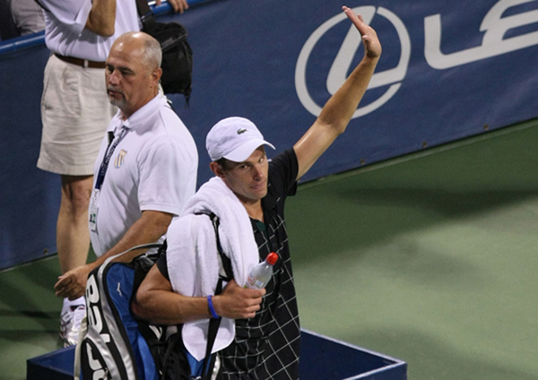 Roddick's retirement leaves void in American tennis