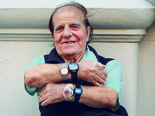 NYU's treasured Timekeeper passes away at 70