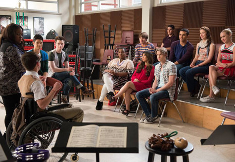 ARTS ISSUE: 'Glee's' excess falls flat with age