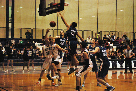 Men's, women's basketball defeat Case Western