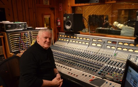 Grammy winning professor brings talent to Tisch classroom