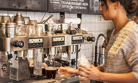 Cafe blends tea taste with cappuccino style near Union Square
