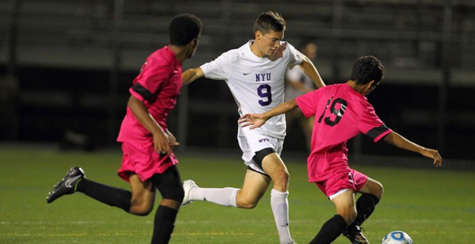 Men's soccer holds on to perfect streak