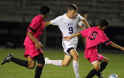 Men's soccer holds on to perfect streak