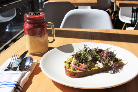 Union Square eatery offers fresh meals, deals