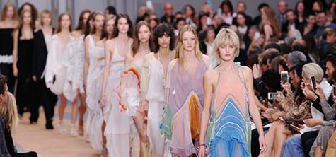 Paris Fashion Week showcases romanticism