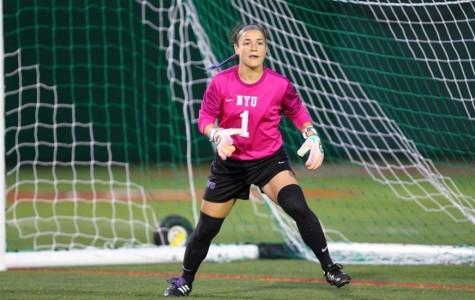 Women's soccer rolls on to make it 8 straight