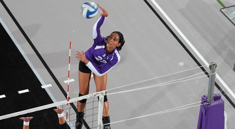 Women's volleyball goes 1-3 at round robin