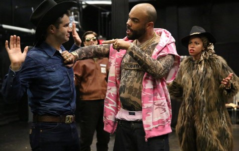 Shakespeare gets a makeover in 'Comedy of Errors'