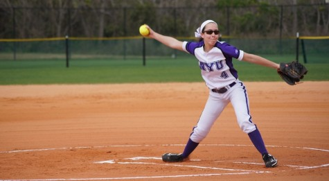 Softball Looking to Small Ball Their Way to a Better Start
