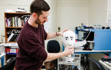 Q&A with the Tandon Student Behind the Facially Cognizant Robot