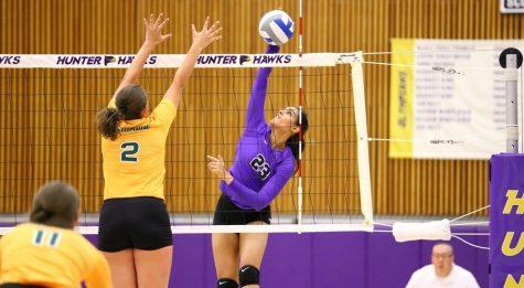 Volleyball Continues Mini Streak, Dominates Brooklyn College