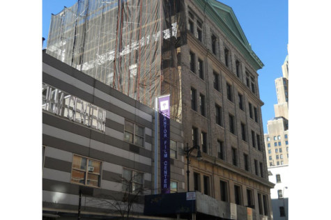 Construction worker falls from University Place scaffolding