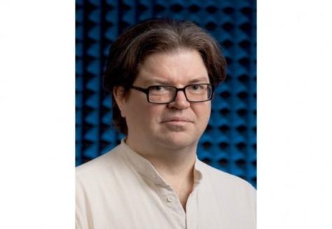 Courant professor to receive award in Beijing