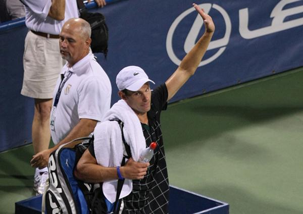 Roddick's retirement leaves void in American tennis