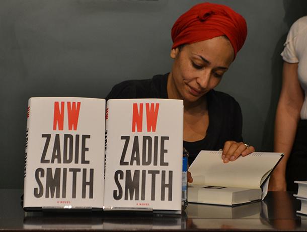 Smith hosts reading of new novel