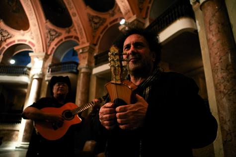 'Enzo Avitabile Music Life' draws passion from legendary musician