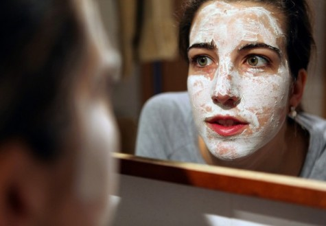 Skin care products prevent damage from winter weather