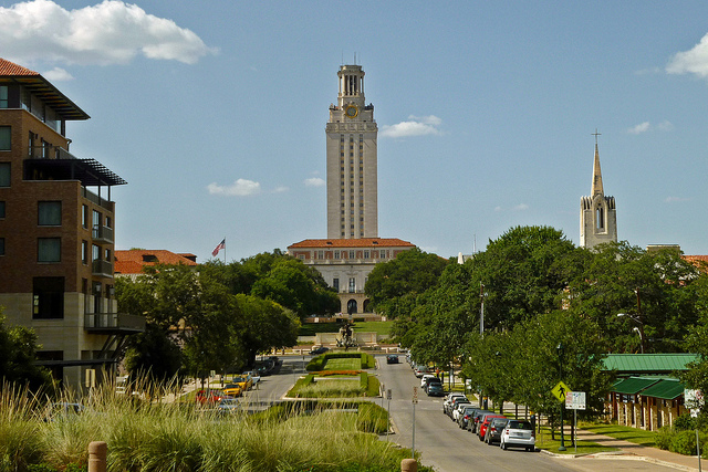 University of Texas to initiate financial aid program