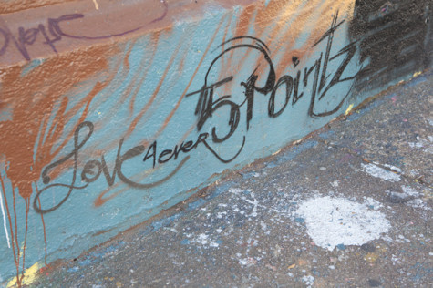Artists, residents grapple with potential 5Pointz demolition