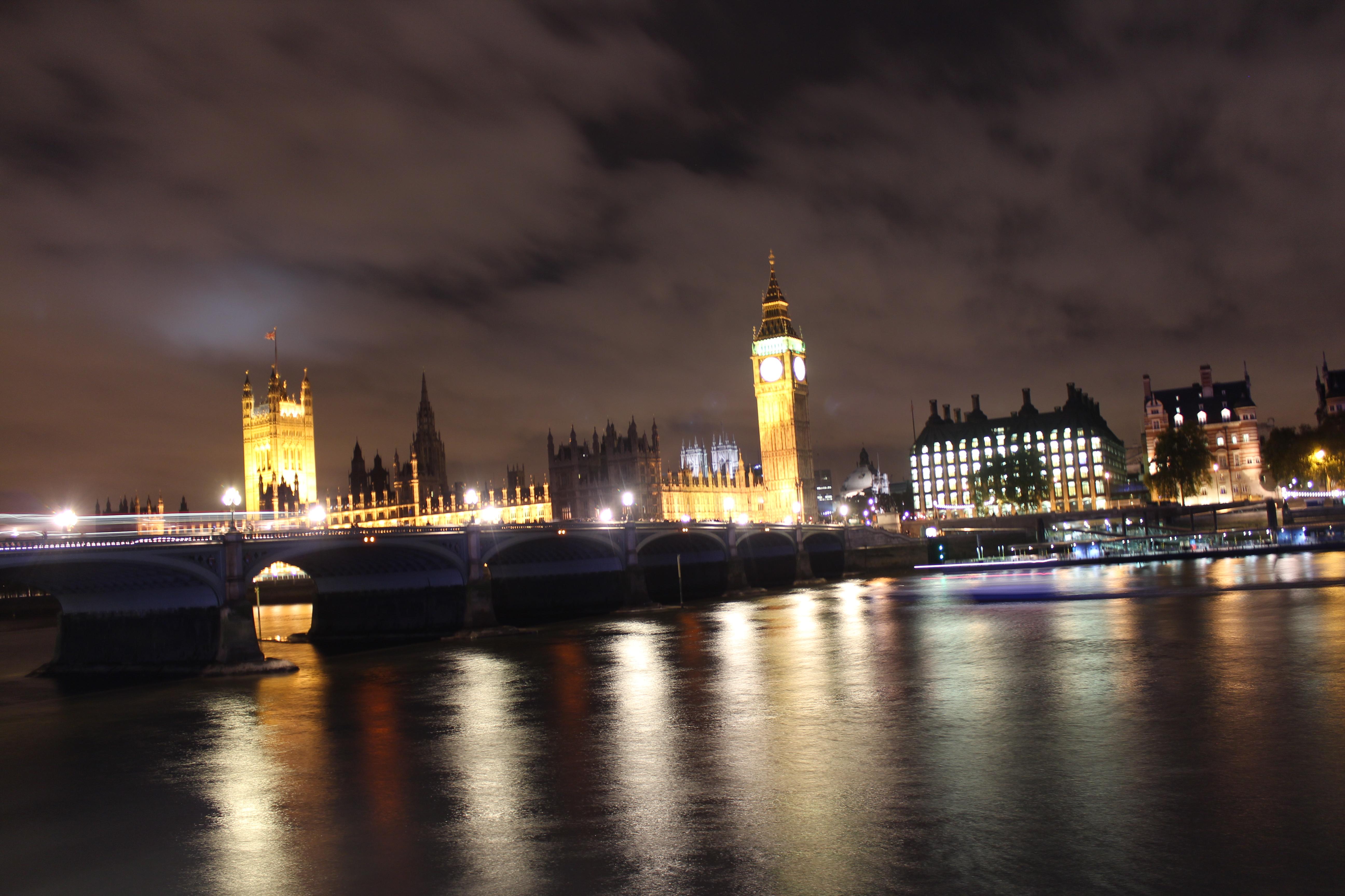 NYU London students vote abroad