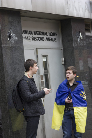 Advocates call for democracy in Ukraine