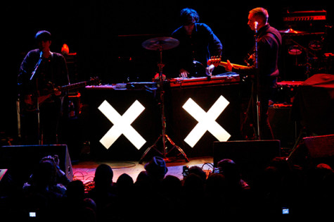 xx presents dazzling sensory experience at Armory