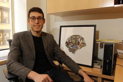 Professor recognized for brain research