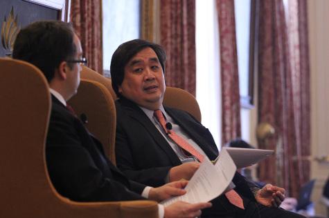 Former legal adviser talks Gitmo, ISIL