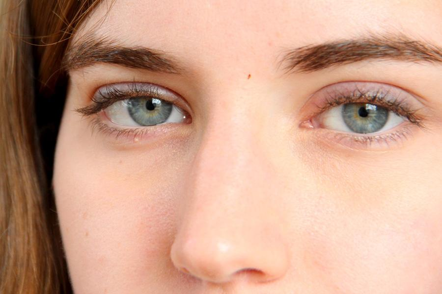 In a new study conducted by an NYU professor and a visiting scholar at UPenn, our eyes multitask even when we don't want them to.