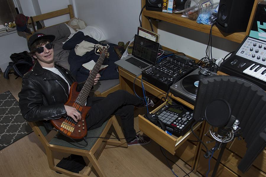 Harrison+Holmes+set+up+a+studio+in+his+Rubin+dorm+room.+