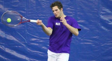 Tennis defeats Vassar, Coast Guard Academy over weekend