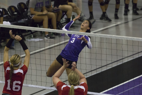 Volleyball regains footing after West Coast trip