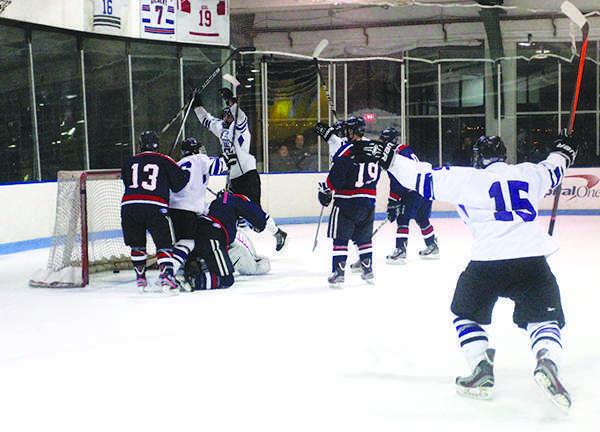 NYU men's hockey keeps keeps their perfect streak alive by winning against University of Massachusetts Amherst on Saturday night.