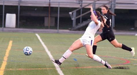 Women's soccer adds to win streak