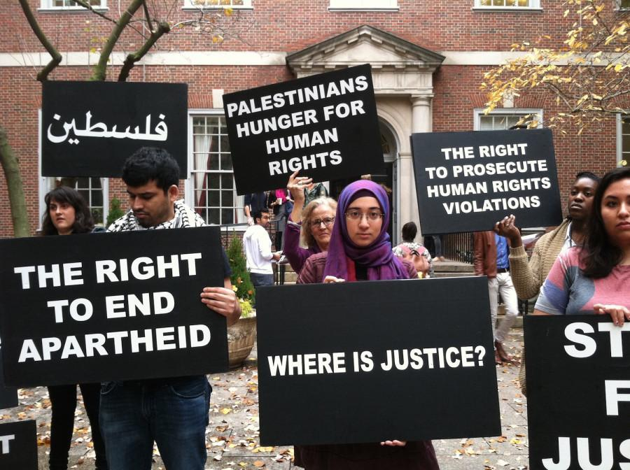 Students+vocalized+their+dismay+towards+a+feeling+of+anti-Palestinian+culture+within+the+NYU+Law+School+on+Friday.