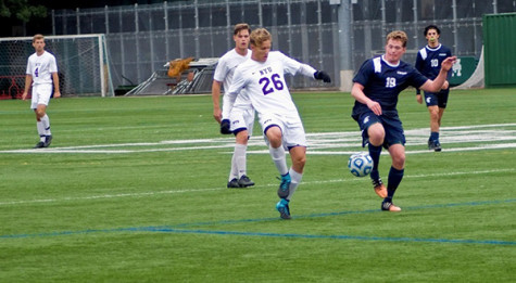 Men's and women's soccer winds down