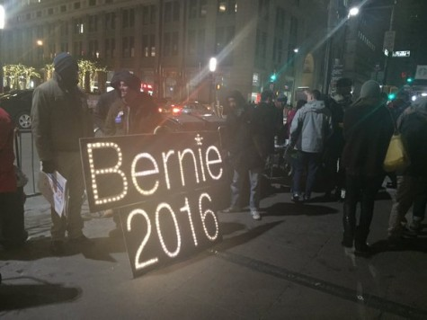 Support for Sanders Soars With Social Media, Rally on Saturday