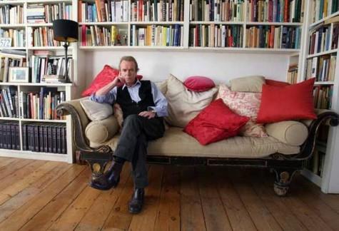 "Martin Amis Kicks Off 2016 ""New Salon: Writers in Conversation"" Series"