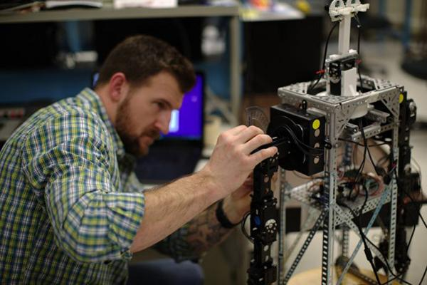 NYU Tandon introduces its new master's degree program in Mechatronics and Robotics.