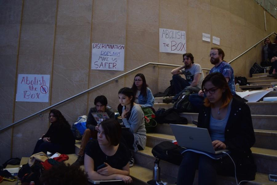 Students+continued+to+protest+in+Kimmel+throughout+Saturday+for+NYU+to+abolish+the+box.+