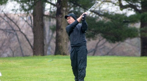 Golf Dodges Inclement Weather, Plays Well