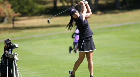 Women's Golf Continues Ascent, Men's Team Falters