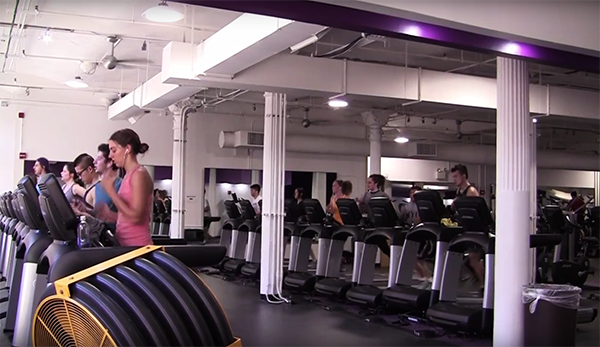 One of the key moments of the semester occurred when the facilities at Coles Sports Center closed for renovations and facilities opened at 404 Fitness for NYU students to continue their workouts.