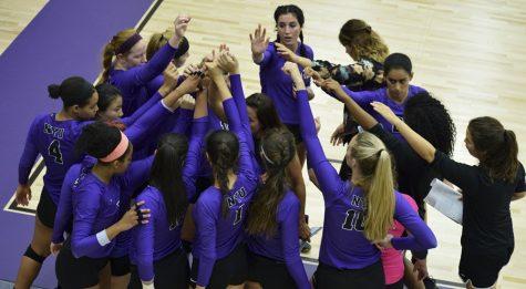 Violet Volleyball Wins Big