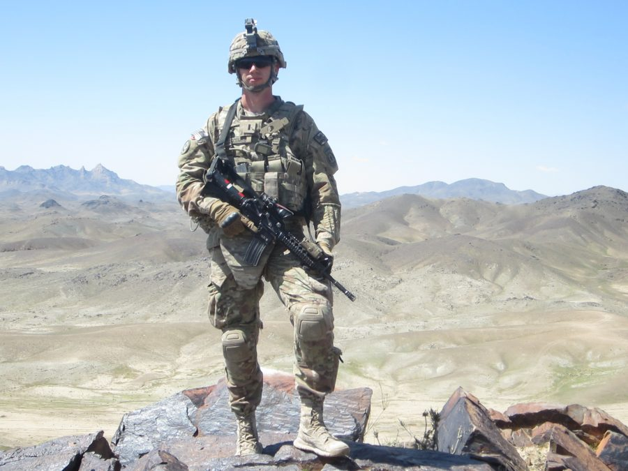 Army+veteran+David+Luscombe+in+uniform.+He+has+found+a+close+community+with+other+veterans+and+the+LGBTQ+center.+