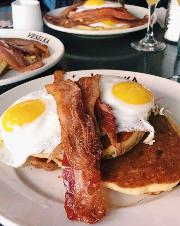 Veselka+is+a+Ukranian+restaurant+in+the+East+Village+that+is+open+24%2F7.+They+serve+American+breakfasts%2C+like+pancakes+and+waffles%2C+as+well+as+Ukranian+classics.
