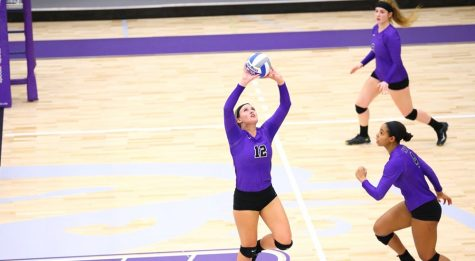 Volleyball Continues Downward Slump