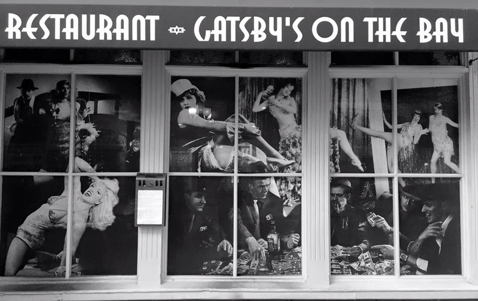 Gatsby's on the Bay is a new american restaurant located at 695 Bay Street, Staten Island.